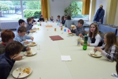 20.04.2010 English breakfast in Klasse 6